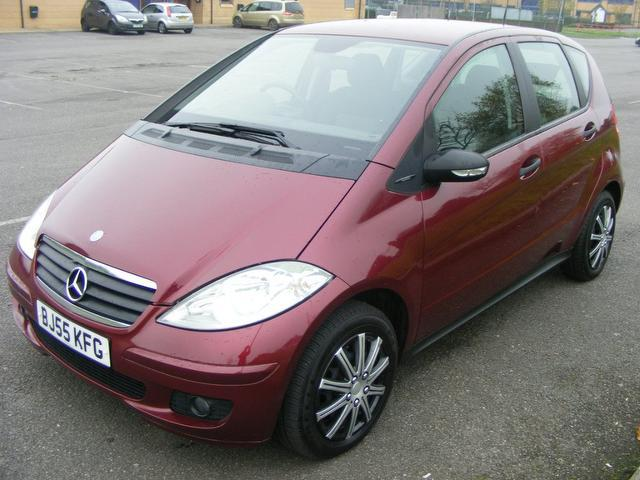 used mercedes benz 2005 red colour diesel class a160 cdi classic hatchback for sale in wembley. Black Bedroom Furniture Sets. Home Design Ideas