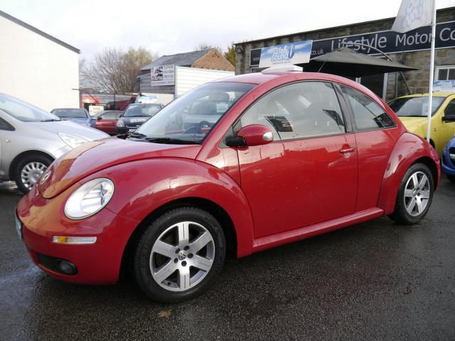 Used 2006 Volkswagen Beetle Hatchback Red Edition 1.6 Luna 3dr Petrol For Sale In Wakefield Uk ...