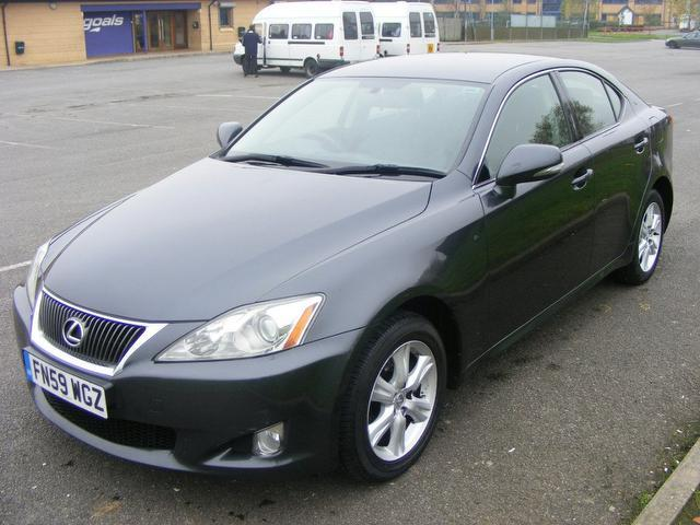 used lexus is 2009 model 220d se 4dr 2009 diesel saloon grey for sale in wembley uk autopazar. Black Bedroom Furniture Sets. Home Design Ideas