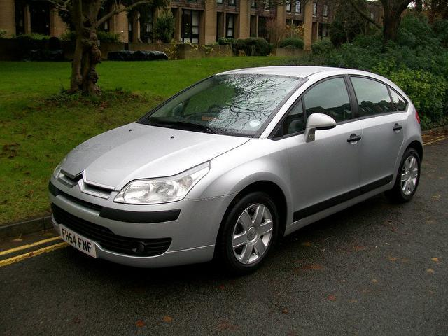 used citroen c4 2005 petrol 16v sx 5dr hatchback silver with radio cd player for sale. Black Bedroom Furniture Sets. Home Design Ideas