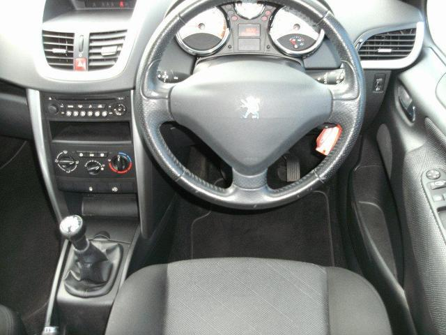 used 2008 peugeot 207 estate 1 6 hdi 90 sport diesel for. Black Bedroom Furniture Sets. Home Design Ideas
