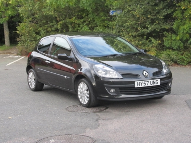 how to buy a used car from a dealer uk