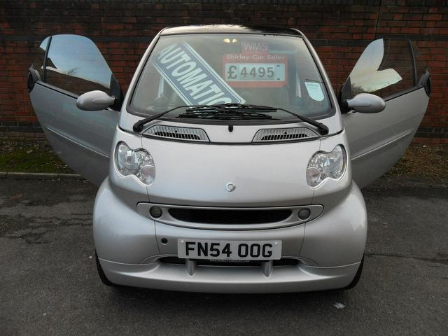 used smart fortwo 2004 petrol brabus 2dr auto 0 7 coupe. Black Bedroom Furniture Sets. Home Design Ideas