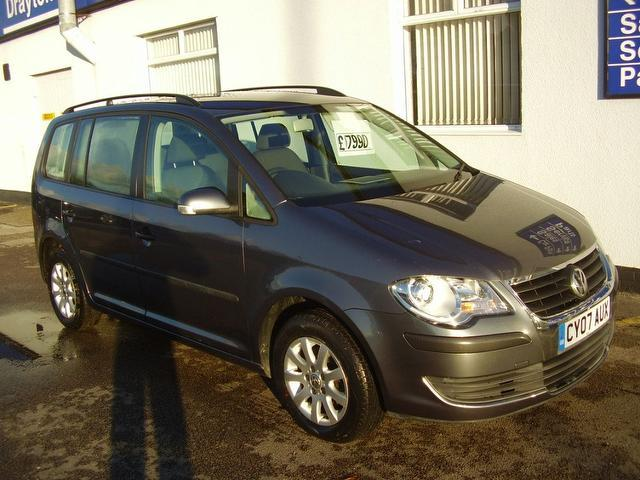 used volkswagen touran 2007 diesel 1 9 tdi s 90 estate grey with roof rails for sale autopazar. Black Bedroom Furniture Sets. Home Design Ideas