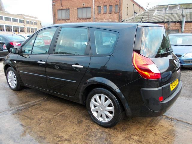 used black renault grand 2008 petrol scenic 2 0 vvt dynamique estate excellent condition for. Black Bedroom Furniture Sets. Home Design Ideas