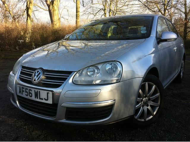 used volkswagen jetta car 2006 silver diesel 1 6 se tdi cr saloon for sale in stoke on trent uk. Black Bedroom Furniture Sets. Home Design Ideas