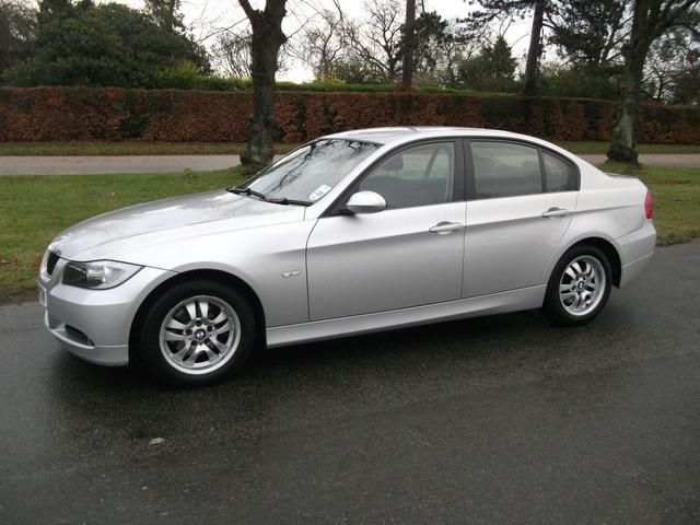 used bmw 3 series 2005 silver colour diesel 320d es 4 door saloon for sale in newmarket uk. Black Bedroom Furniture Sets. Home Design Ideas