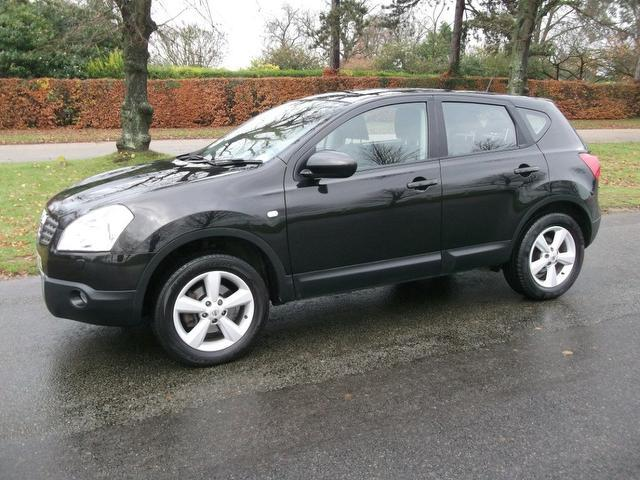 used nissan qashqai 2008 black paint diesel 1 5 dci tekna 5dr hatchback for sale in newmarket uk. Black Bedroom Furniture Sets. Home Design Ideas