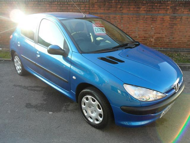 used peugeot 206 2004 blue paint petrol 1 4 lx 3dr ac hatchback for sale in southampton uk. Black Bedroom Furniture Sets. Home Design Ideas