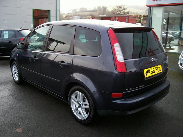 used ford focus 2006 grey paint petrol c max 1 6 style 5dr estate for sale in oswestry uk. Black Bedroom Furniture Sets. Home Design Ideas