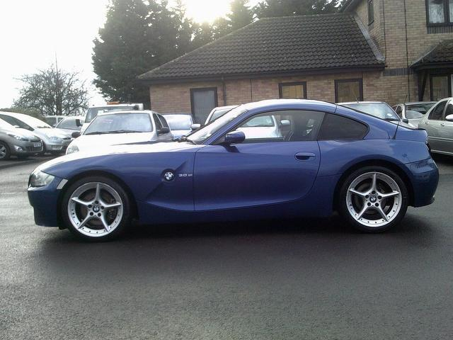Used Bmw Z4 2007 Blue Paint Petrol 3 0si Sport 2dr Coupe For Sale In Fengate Uk Autopazar