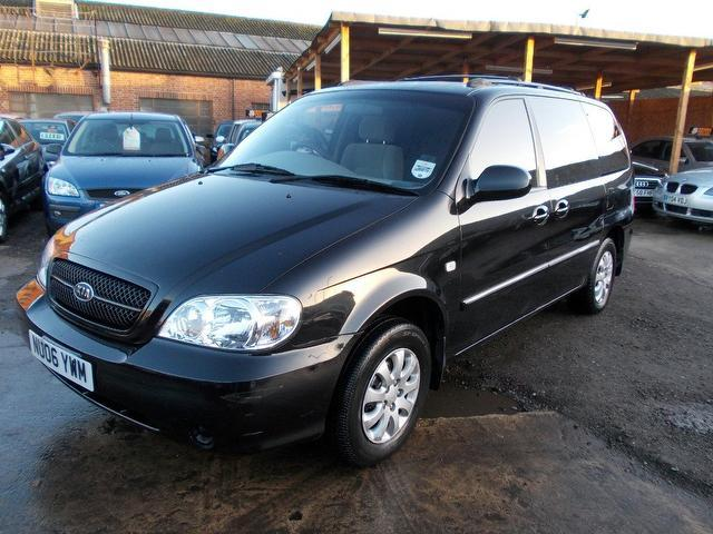 used kia sedona 2006 petrol 2 5 v6 l 7 estate black with. Black Bedroom Furniture Sets. Home Design Ideas