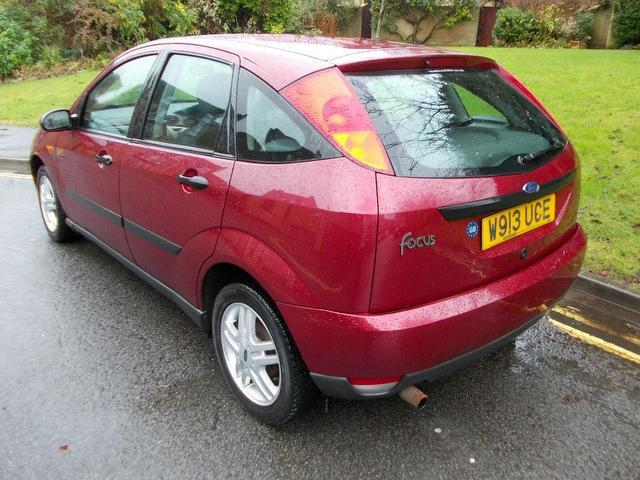 used ford focus 2000 manual petrol 1 6 zetec 5 door red. Black Bedroom Furniture Sets. Home Design Ideas