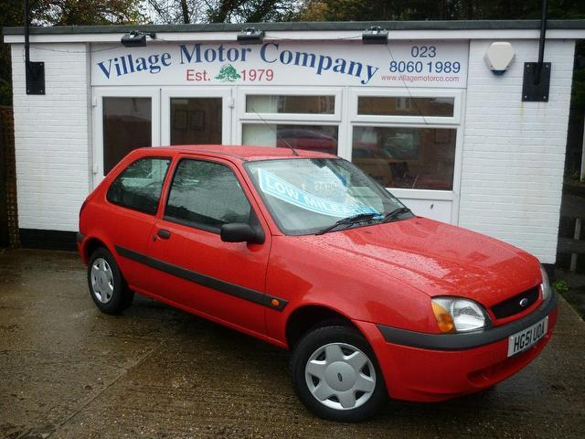 used ford fiesta 2001 manual petrol 1 3 fun 5 door red for. Black Bedroom Furniture Sets. Home Design Ideas