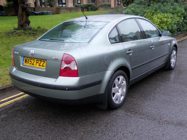 used volkswagen passat car 2002 green diesel 1 9 sport tdi 4 door saloon for sale in keynsham uk. Black Bedroom Furniture Sets. Home Design Ideas
