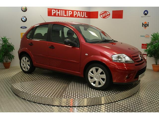 used citroen c3 2008 model 1 6 hdi 16v exclusive diesel hatchback red for sale in oswestry uk. Black Bedroom Furniture Sets. Home Design Ideas