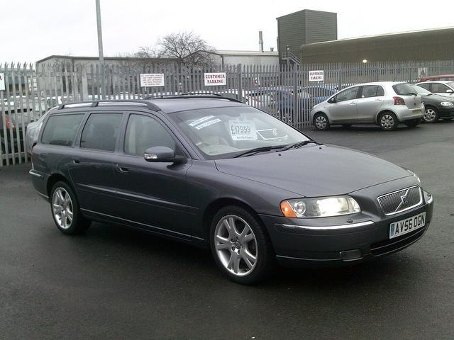 Used_Volvo_V70_2006_Grey_Estate_Diesel_A