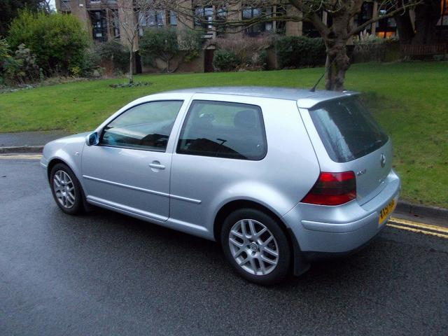 used volkswagen golf 2001 diesel 1 9 gt tdi 130 hatchback silver with alloy wheels for sale. Black Bedroom Furniture Sets. Home Design Ideas