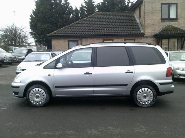 used volkswagen sharan car 2006 silver diesel 2 0 tdi s 140 estate for sale in fengate uk. Black Bedroom Furniture Sets. Home Design Ideas