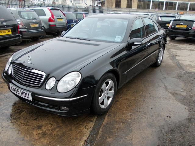 used mercedes benz 2005 model class e220 cdi avantgarde diesel saloon black for sale in wembley. Black Bedroom Furniture Sets. Home Design Ideas
