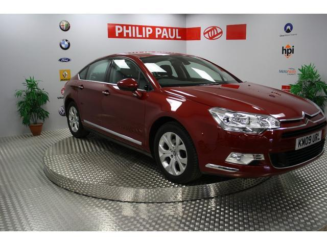 used citroen c5 2009 red paint diesel 2 2 hdi 16v exclusive saloon for sale in oswestry uk. Black Bedroom Furniture Sets. Home Design Ideas