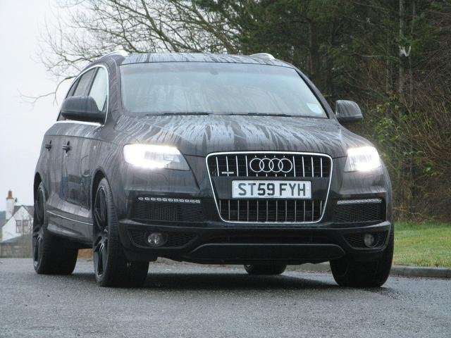 used audi q7 2009 black colour diesel 3 0 tdi quattro s 4x4 for sale in turrif uk autopazar. Black Bedroom Furniture Sets. Home Design Ideas
