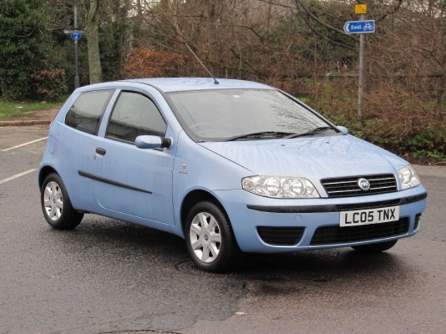 Used Fiat Punto 2005 Blue Paint Petrol For Sale In Epsom Uk on fiat palio 2000