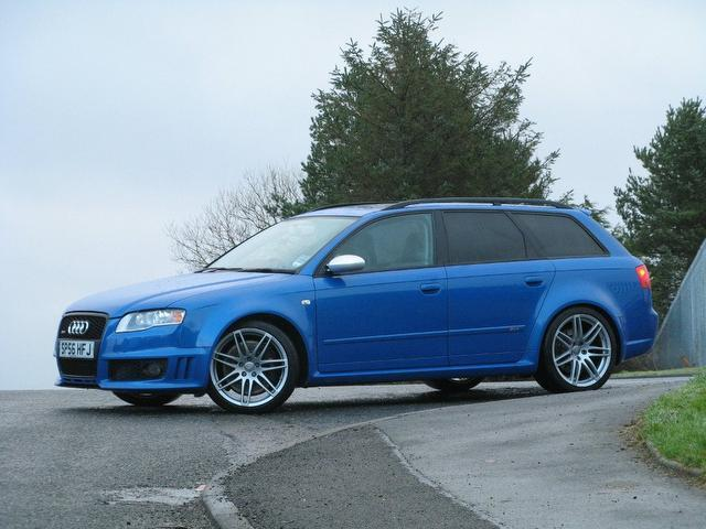 used audi rs4 2006 manual petrol quattro 5 door 4 2 blue. Black Bedroom Furniture Sets. Home Design Ideas