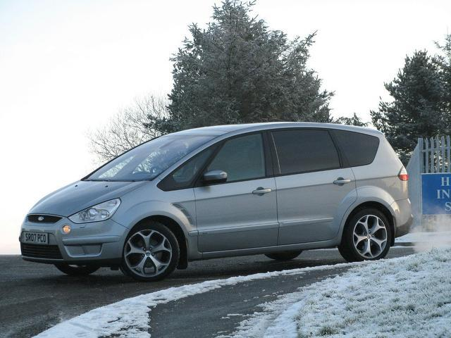 used 2007 ford s max estate silver edition 2 0 tdci 6g titanium diesel for sale in turrif uk. Black Bedroom Furniture Sets. Home Design Ideas