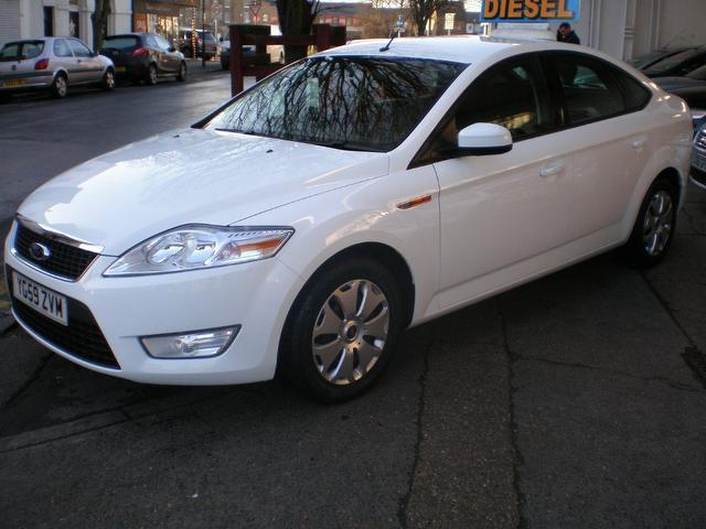 used ford mondeo 2009 diesel 1 8 tdci econetic 5dr hatchback white with electric windows for. Black Bedroom Furniture Sets. Home Design Ideas