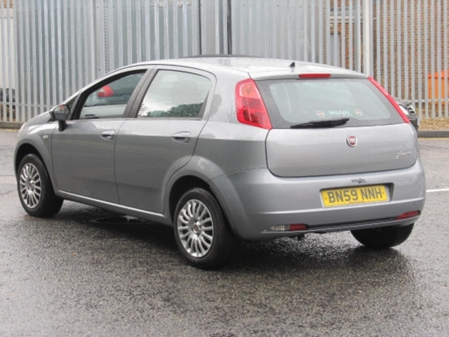 used fiat grande 2009 grey paint petrol punto for sale in epsom uk autopazar. Black Bedroom Furniture Sets. Home Design Ideas