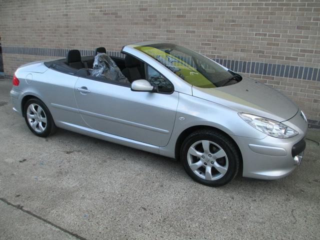 used peugeot 307 car 2006 silver petrol 2 0 s 2 door convertible for sale in norwich uk autopazar. Black Bedroom Furniture Sets. Home Design Ideas