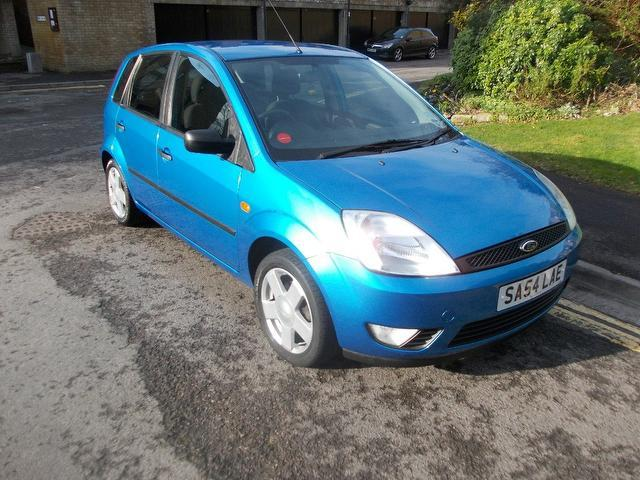 used ford fiesta 2004 diesel 1 4 tdci zetec 5dr hatchback blue edition for sale in keynsham uk. Black Bedroom Furniture Sets. Home Design Ideas