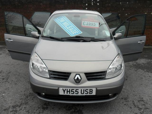 used renault grand 2005 model scenic 1 6 vvt dynamique petrol estate beige for sale in. Black Bedroom Furniture Sets. Home Design Ideas