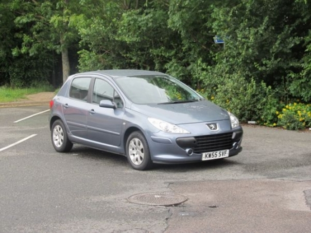 used peugeot 307 2006 petrol grey automatic for sale in epsom uk autopazar. Black Bedroom Furniture Sets. Home Design Ideas