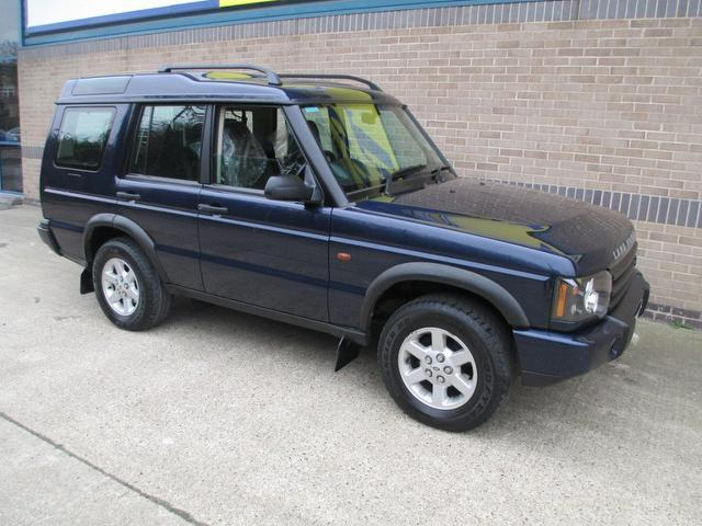 Used Land Rover Discovery Car 2003 Blue Diesel 2 5 Td5 Gs