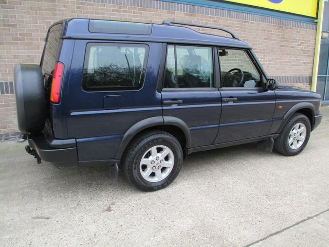 used land rover discovery car 2003 blue diesel 2 5 td5 gs. Black Bedroom Furniture Sets. Home Design Ideas
