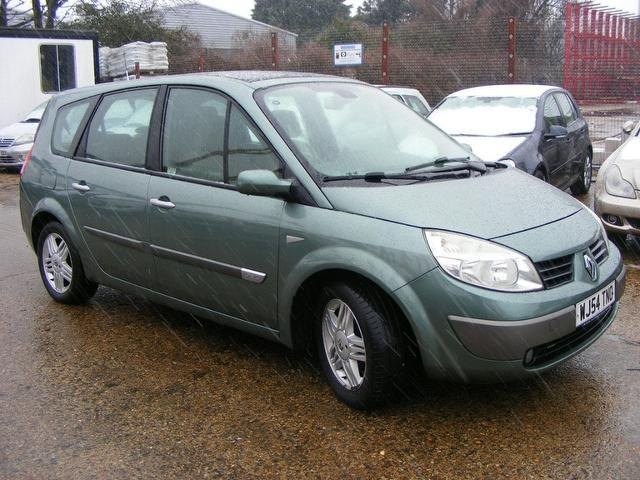 used renault grand 2004 diesel scenic 1 9 dci privilege estate green edition for sale in wembley. Black Bedroom Furniture Sets. Home Design Ideas
