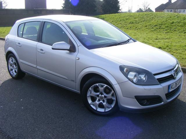used vauxhall astra 2006 silver paint petrol 16v sxi. Black Bedroom Furniture Sets. Home Design Ideas