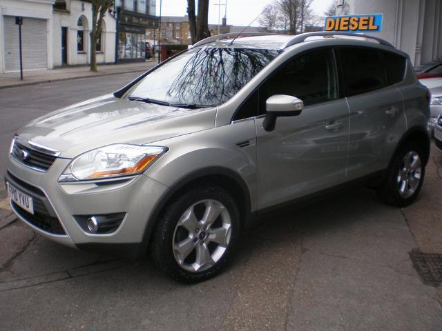 used ford kuga 2010 silver paint diesel 2 0 tdci zetec 5dr estate for sale in gravesend uk. Black Bedroom Furniture Sets. Home Design Ideas