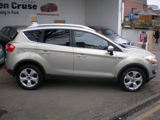 used ford kuga 2010 silver paint diesel 2 0 tdci zetec 5dr. Black Bedroom Furniture Sets. Home Design Ideas