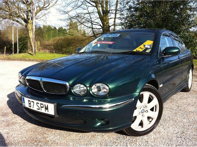 used green jaguar x type 2004 petrol 2 5 v6 se 4dr saloon. Black Bedroom Furniture Sets. Home Design Ideas