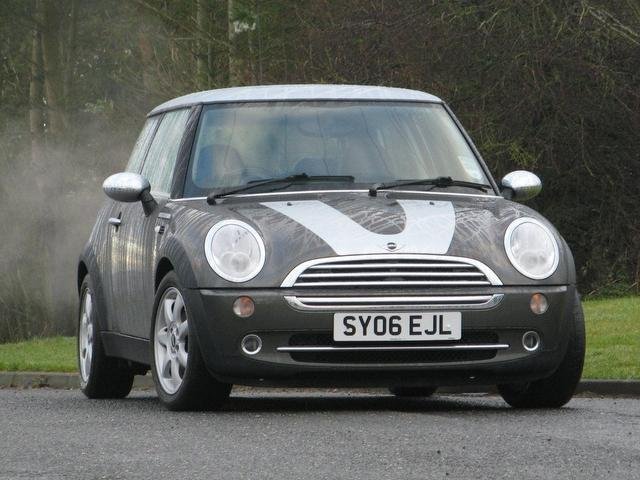 used 2006 mini 1 6 hatchback cooper park lane 3dr petrol for sale in turrif uk autopazar. Black Bedroom Furniture Sets. Home Design Ideas