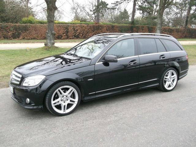 used 2010 mercedes benz estate class c220 cdi blueefficiency diesel for sale in newmarket uk. Black Bedroom Furniture Sets. Home Design Ideas