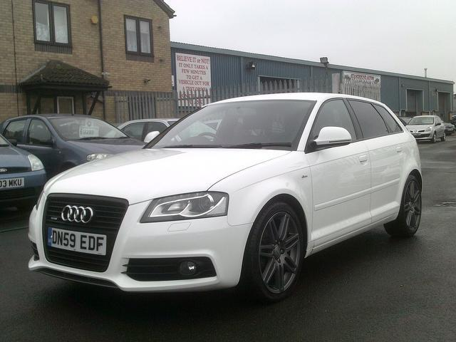 used audi a3 2009 diesel 2 0 tdi 170 quattro hatchback white edition for sale in fengate uk. Black Bedroom Furniture Sets. Home Design Ideas