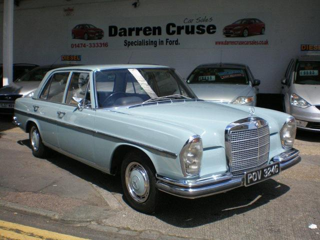Used mercedes benz 1969 petrol se classic 4 dr saloon blue for Used mercedes benz sale