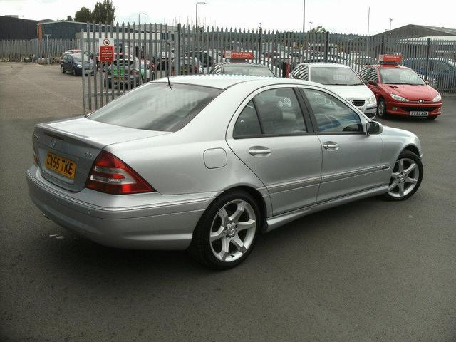 used mercedes benz 2005 diesel class c220 cdi sport saloon automatic for sale in oswestry uk. Black Bedroom Furniture Sets. Home Design Ideas