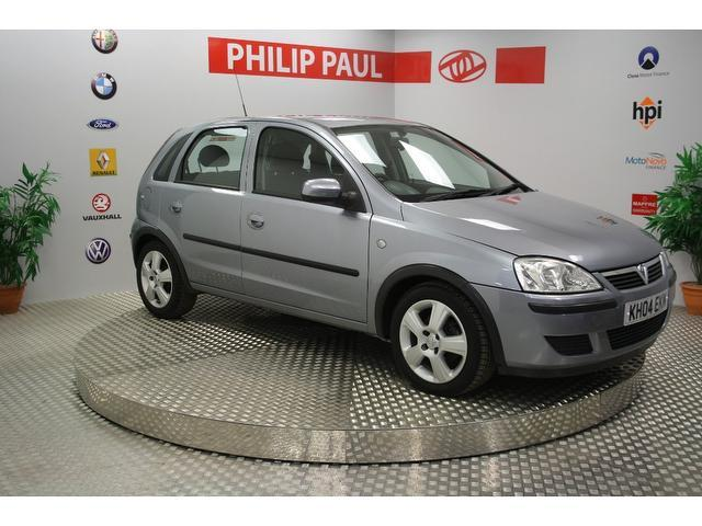 used 2004 vauxhall corsa hatchback silver edition 1 3 cdti energy 5dr diesel for sale in. Black Bedroom Furniture Sets. Home Design Ideas
