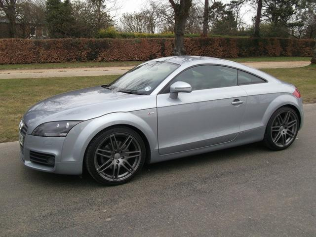 used 2010 audi tt coupe silver edition fsi s line. Black Bedroom Furniture Sets. Home Design Ideas