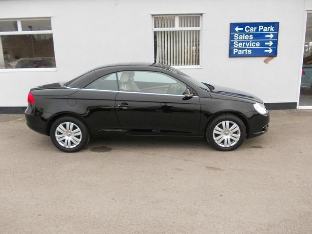used 2008 volkswagen eos convertible 1 6 fsi 2dr petrol for sale in wirral uk autopazar. Black Bedroom Furniture Sets. Home Design Ideas